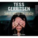 Zdjęcie okładki audiobooka: kobieca twarz zasłonięta dłońmi wychodzącymi z ciemności.