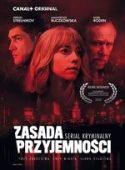 Zdjęcie okładki filmu: kobieta i dwaj mężczyźni spowici czerwoną poświatą.